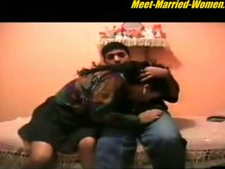 Arab matang berkahwin amatur seks / persetubuhan lover buatan sendiri