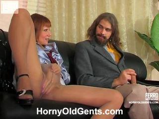 श्यामला, कट्टर सेक्स, कठिन बकवास
