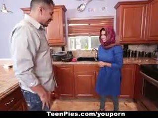 Teenpies - muslim dievča praises ah-laong kokot