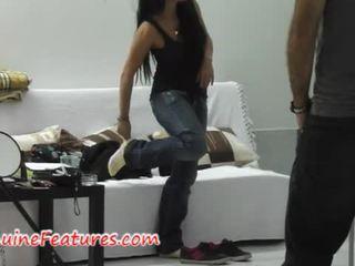 Monika shows jej skills w the pierwszy casting