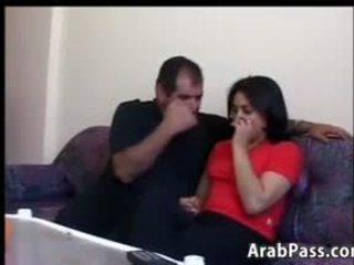 Arab shtëpiake having seks në the kolltuk