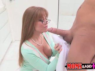 Darla crane anale scopata con arrapato adolescenza