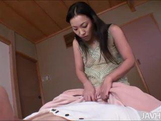 מין אוראלי, יניקה, יפני