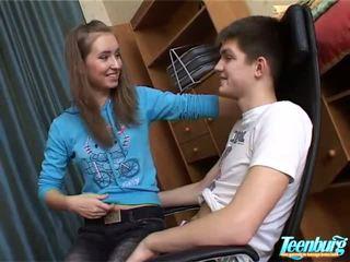 Attractive thanh thiếu niên