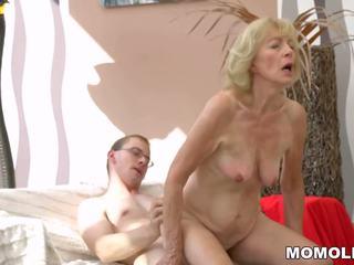 Vroče babi creampied: brezplačno lusty grandmas hd porno video b8