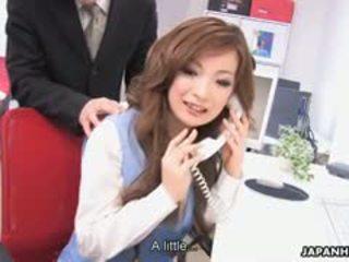 brunette, een japanse vol, pijpbeurt