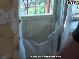 Chaud plan a trois pipe en abandoned maison