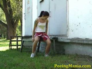 brunette, pissing, peeing