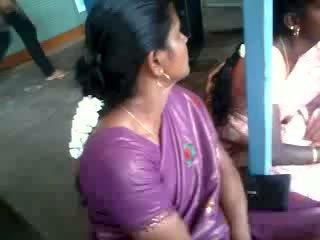 Satinas šilkas saree aunty, nemokamai indiškas porno video 61