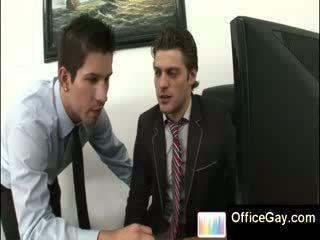 Homo guy prigautas masturbacija į darbas apie ofisas