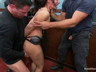Sheena ryder has throat zajebal s banka robbers