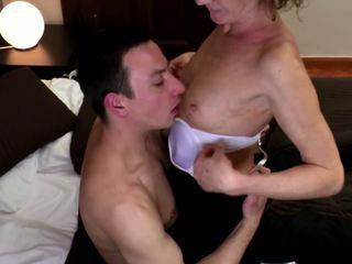 Mbah fucked into upslika burungpun with young jago: dhuwur definisi porno 98
