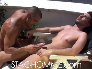 Heat stroke. muscle boys gets a ใช้ปาก งาน งาน
