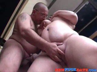 Bbw remaja pleasuring lama lelaki dengan beliau tembikai