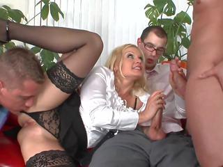 grupinis seksas, milfs, veido