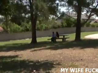 Ver su esposa embistiendo un stranger, gratis porno c9