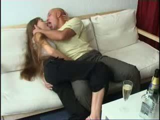 Getting п'яна з daughters подруга відео