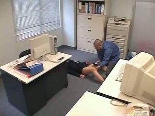 Droguée et used à bureau vidéo