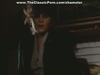 オーガズム ビデオ とともに セクシー 女性 上の ザ· フロア