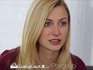 Casting couch-x blonde majorette shows de sur cam