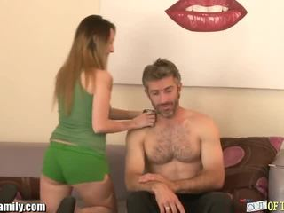 Curious ýaşlar sucks and fucks her friends dad