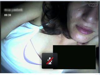 Colombiana infiel en skype, Me muestra...