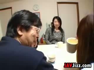 Japońskie mamuśka masturbacja w the tabela