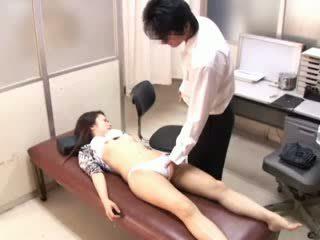 Pervertida doctor paralyses patients 1