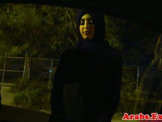 Arab hijabi fucked in forbidden nyenyet burungpun: free porno 74