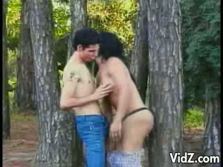 Tgirl mai dâm fucked lược trong các woods
