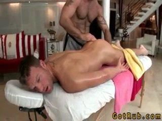 Hunk gets astounding homo μασάζ