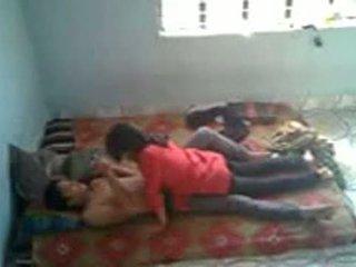 Bangladeshi ukol sa medisina mag-aaral may bf sa mess (leaked)
