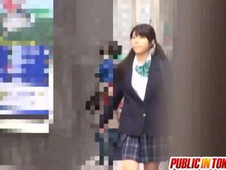 Delicious japonesa escolar enjoys sexo adventure