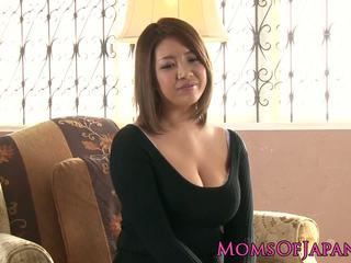 Maturidad hapon mommy toyed at throatfucked