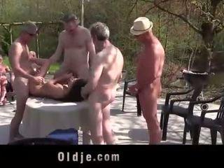 Anita bellini pandilla banged por 8 viejo cachonda cocks