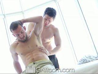 Gayroom me lesh muscle guy fucked pas vaj mas