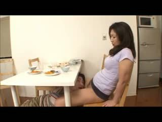 Japoneze hap mami me jo panty