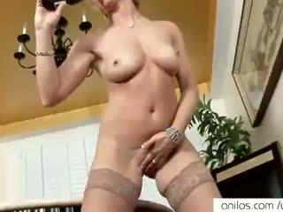 Nyata puncak syahwat untuk seksi dewasa mama