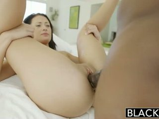 Blacked tiener beauty tries interraciaal anaal seks