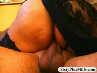 Wet mature Pussy pounding