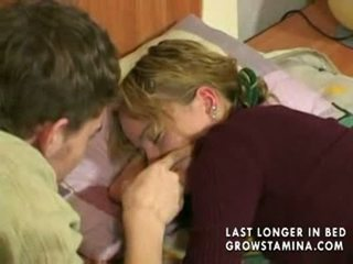 Durmiendo gf gets banged