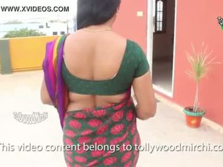 Indiýaly house owner daughter tempted by young bachelor. hd