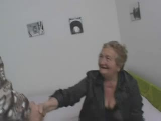 Секси италиански баба