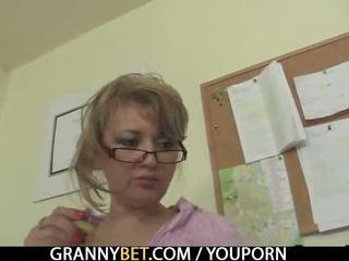 realitāte, vecs, vecmāmiņa