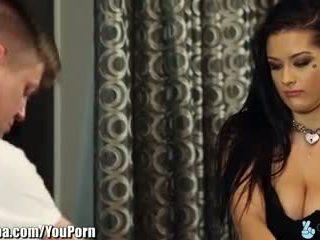 Trickyspa katrina jade seduced tarafından flört masseur