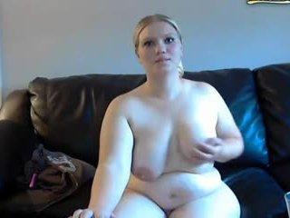 อวบ เมีย gets spanked และ masturbates บน เว็บแคม