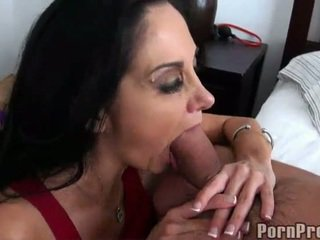 Oustanding Bust Dark Haired Ava Adams Gives Kisser Job
