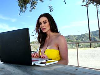 quente big boobs, milfs, online ménage à trois qualidade