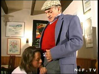 프랑스의, 섹스하고 싶은 중년 여성, 섹스