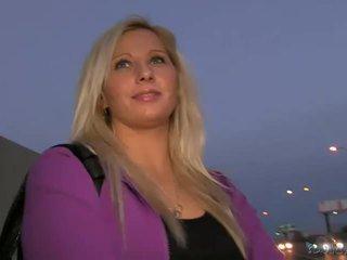 Blondīne amatieri sabina pounded uz publisks